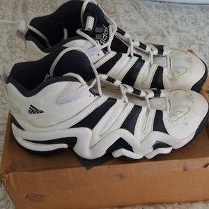 Adidas KB 8